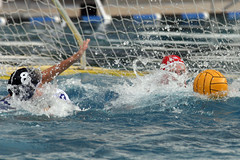 8672-fotogalerie-rv.ch (Robi33) Tags: summer sports water swimming ball fight women action basel swimmingpool watersports waterpolo sportspool waterpolochampionship
