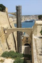 IMG_7533 (boaski) Tags: voyage street city travel summer urban tourism architecture town belt sommer malta tourist architektur tourisme reise valletta valetta mediterranian turist mittelmeer turisme syden maltease middlesea turismus maltesisch middelhav