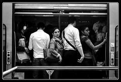 RER A : Jour de grêve (Maestr!0_0!) Tags: street white black paris film train nikon noir kodak tmax problem strike epson rue f5 blanc greve argentique rer negatif probleme v700