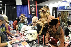 img_3020 (keath kono) Tags: starwars tampabay cosplay artists comiccon cosplayers tampaconventioncenter marksparacio tampabayrays djkitty heather1337 jeniferann tampabaycomiccon2014 rrcosplay bannierabbit shinobi24 raymondthemascot chadtater kristinatwood