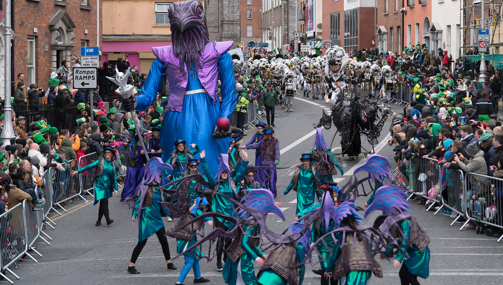 THE INISHOWEN CARNIVAL GROUP [PATRICKS DAY PARADE IN DUBLIN 2017]-126047