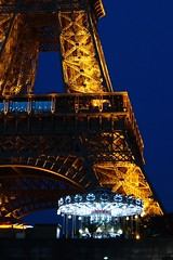 Eiffel at night (Tomás Kim) Tags: paris france eiffel urban