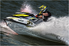 Monster 31 (leonhucorne) Tags: jet jetski sport nikon d750 fullframe couleurs colors vitesse