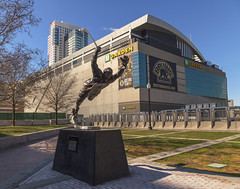 """the goal"" (andrew.foeller) Tags: boston bruins statue northstation bostongarden bobbyorr hockey"