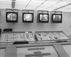 Atlas Collection Image (San Diego Air & Space Museum Archives) Tags: launchcontrol 1966 vandenbergafb vandenbergairforcebase ntsc videomonitor acoustictile steelcase florescentlight