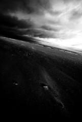 La courbe de l'horizon... (Sabine-Barras) Tags: bw france beach plage mer sea clouds nuages sky ciel monochrome bnw blackandwhite sable sand