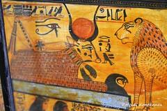 Art on a cofffin (konde) Tags: tt1 deirelmedina sennedjem khonsu ancient 19thdynasty newkingdom coffin sarcophagus deities art treasure ancientegypt cairomuseum