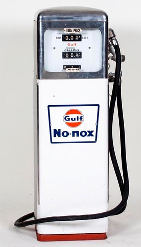 Gulf NO-NOX Porcelain Chrome Top Gas Pump ($896.00)