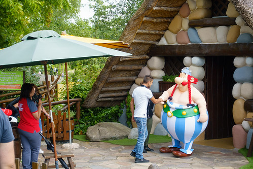day twenty-four: parc asterix