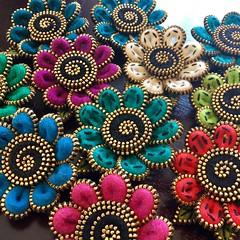 Making flower brooches today! (woolly  fabulous) Tags: pin brooch zipper flowers felt wool woollyfabulous