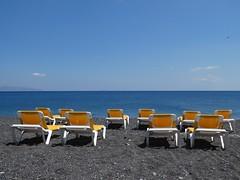 Kamari beach - Santorini (Frans Schmit) Tags: mediterranian middellandsezee sea sun vakantie holiday kamari santorini