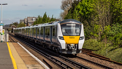 700044 (JOHN BRACE) Tags: 2014 siemens krefeld germany built desiro city class 700 emu 700044 seen horley thameslink livery