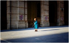 Turquoise Coat (Steve Lundqvist) Tags: walking elderly aged age people vecchio vecchiaia teramo italy italia italiano povertà poverty street fujifilm x100s streetphotography coat shot old man poor