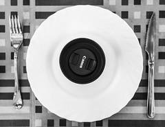 Eat f1.8 (edgBR) Tags: bw canon eos prime kino fixed f2 28 mm manual om focal kiron