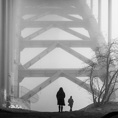 Under Vsterbron in Stockholm (joeriksson) Tags: city people monochrome fog architecture square stockholm bnw vsterbron fujifilmxt1