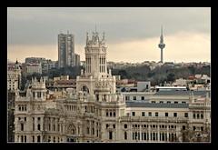 Las tres torres (depu1056) Tags: madrid city espaa building skyline spain nikon edificio ciudad cibeles ribbet d300