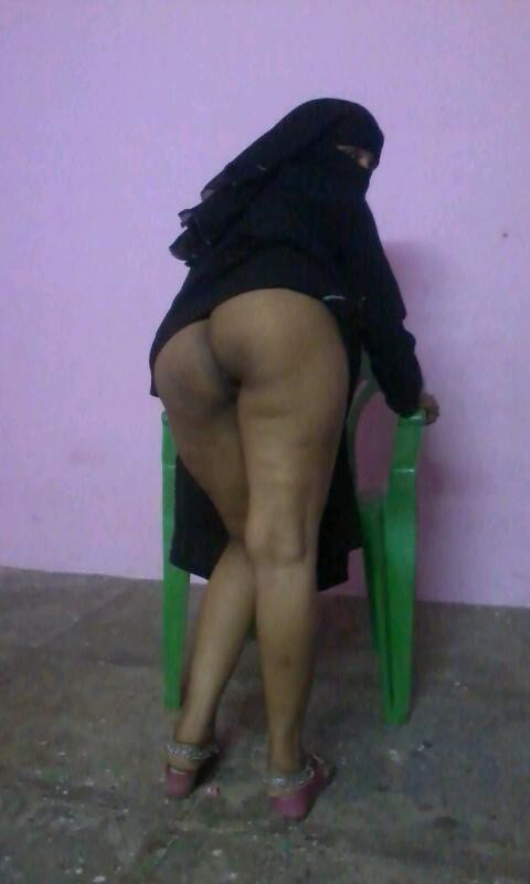 Nude indian ass sucking-3546