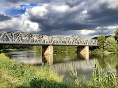 (angelicchiatrullall (yeppa!)) Tags: bridge sky cloud reflection train river florence fiume rail firenze arno angelicchiatrullall angelamassagni