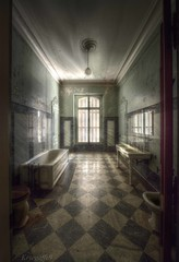 Bathed in light. (Kriegaffe 9) Tags: light abandoned window bathroom bath sink squares decay empty tiles lumiere marble chequered kriegaffe9
