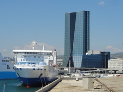 Marseille - Les Terrasses du Port (Hlne_D) Tags: sea mer france port mall shopping harbor boat marseille paca provence shoppingcenter bateau mediterraneansea mditerrane carferry centrecommercial bouchesdurhne sncm mermditerrane provencealpesctedazur lajoliette pagliaorba tourcmacgm hlned lesterrassesduport