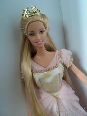 Barbie as Rapunzel 2002 (sakuramotchi) Tags: 2002 hair long dolls dress princess barbie collection crown rapunzel mattel