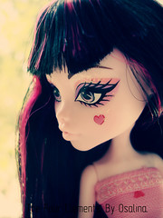 Draculaura 333 (3) (eneida_prince) Tags: photo doll photos vampire mh mattel monsterhigh draculaura osalina