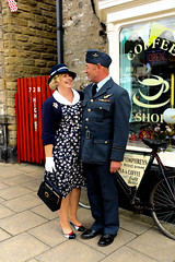 Leyburn 1940s weekend (mandyhedley) Tags: world people army pub war singing jeep group 1940 navy banjo soldiers banners naval americansoldiers vintagecars sandbags frenchmaid renactment pitman alloallo leyburnnorthyorkshire