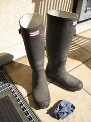 alte Hunter von Anna_Anna's wornout wellies and smelly socks (yvonne_2.0) Tags: dirty welly wellies smelly rubberboots gummistiefel gumboots wornout fertig worndown