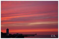 Sunrise over the Tyne (Ukbeth) Tags: morning pink sea sunrise river piers peach northsea daybreak lowlights rivertyne northshields fishquay england2014