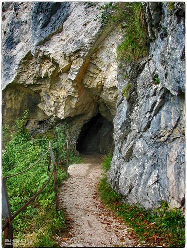Durchgang im Wandersteig (6)
