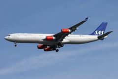 A340-3.LN-RKP (Airliners) Tags: sas scandinavian scandinavianairlines 340 a340 a3403 a340300 airbus airbus340 airbus340300 iad lnrkp 32117