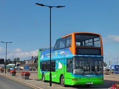 The Needles Breezer - GSK962 (Waterford_Man) Tags: yarmouth vectis plaxton president gsk962 hw52epl