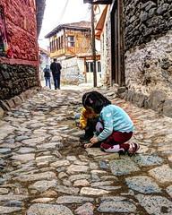 Cumalıkızık Sokakları (Tünay Kasımoğlu) Tags: cumalıkızık sokak children bursa turkey türkiye historical streetphotography sonynex6 e1018mmf4