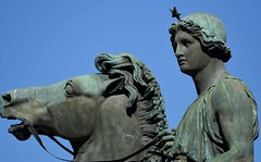 Torino - Dioscuri: Castore e Polluce (ikimuled) Tags: centroest piazzacastello dioscuri statue