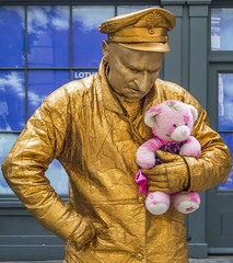 Pink Teddy (jonskids) Tags: london streettheatre humanstatue coventgarden pink teddy