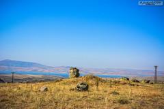 Lake View (zulkifaltin) Tags: türkiye kırşehir kaman manzara landscape hirfanlı göl baraj water su dağ tepe stone taş