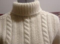 Heavy sexy woolen knitted fashion turtleneck (Mytwist) Tags: yellowteddy turtleneck rollneck rollkragen warm woolfetish fashion fetish fisherman fuzzy grobstrick handgestrickt cabled textured sexy style
