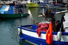 Les ramendeurs de filets. (renécarrère) Tags: ramendeurs portdepêche pêcheurs