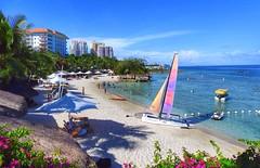 Beach resort (tanreineer) Tags: beachhead shangrilahotelmactan hotels beach philippines shangrilacebu cebu shangrilamactan
