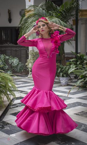 Treje de flamenca fucsia