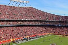 Kansas City Chiefs v Jacksonville Jaguars - Arrow Head Stadium - 2016 (Dis da fi we (was Hickatee)) Tags: usa kansas arrow head arrowheadstadium arrowhead chief chiefs football americanfootball kansascity