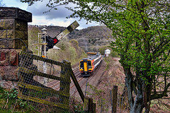 Section Clear (whosoever2) Tags: england unitedkingdom uk gb greatbritain nikon d7100 april 2017 railway railroad train grindleford derbyshire peakdistrict class158 158862 37175 1q41 37219 signal semaphore box