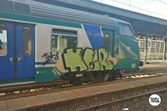 http://stolenstuff.it  HTR (stolenstuff) Tags: stolenstuff graffitiblog check4stolen running htr diretto graffiti graffititrain benching