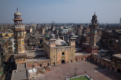Masjid Wazir Khan, a bird's-eye view (botterli) Tags: street travel houses pakistan pool tile religious islam horizon decoration courtyard mosque holy dome punjab fresco ricoh lahore ricohgr birdseyeview minar oldcity walledcity mughal wazirkhanmosque masjidwazirkhan