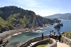 (dgomez_h) Tags: blue costa church nature water de bay mar san day juan country sunny bizkaia basque vasco euskadi pais ermita bakio coas euskal herria cantabrico gaztelugatxe biscay soleado vicaya
