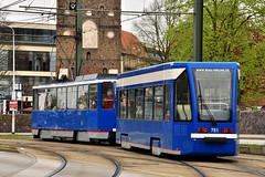 4NBWE #761 RSAG Rostock doczepa bierna (3x105Na) Tags: germany deutschland 1 tram rostock strassenbahn tramwaj mecklenburgvorpommern 761 niemcy bierna rsag doczepa 4nbwe