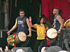 Dholing It Out (Bricheno) Tags: girl festival drums scotland glasgow indian escocia parade drummers westend szkocja schottland mela tdf 2014 scozia cosse thedholfoundation  esccia   bricheno scoia