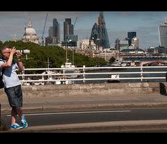 Patience.... (Stuart-Lee) Tags: london skyline photographer londonist