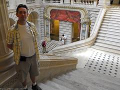 2009-08-18-11-41-54.jpg (martinbrampton) Tags: france bordeaux operahouse aquitaine grandtheatre august2009 stuartstokell