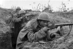The Soviet machine gunners in a trench on the front line (WW2 IN TRENCHES) Tags: ppsh submachineguns russianppsh41 ppsh41submachinegun bestsubmachinegun frontlinearmy